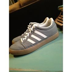 Adidas tennis shoes grey and white Adidas tennis shoes! Adidas Shoes Sneakers