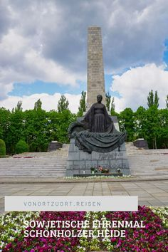 Das Sowjetische Ehrenmal in der Schönholzer Heide ist eher unbekannt, aber ich finde nicht weniger beeindruckend als die Ehrenmäler in Treptow und am Brandenburger Tor.