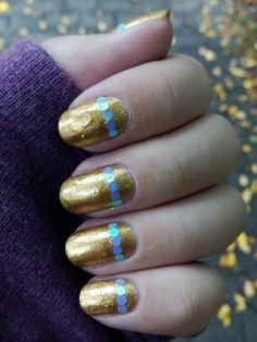Gold nail art ♥