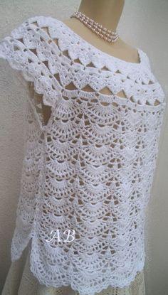 Fabulous Crochet a Little Black Crochet Dress Ideas. Georgeous Crochet a Little Black Crochet Dress Ideas. Crochet Woman, Love Crochet, Crochet Lace, Crochet Stitches, Crochet Patterns, Gilet Crochet, Crochet Cardigan, Black Crochet Dress, Crochet Fashion