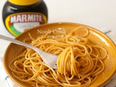 Marmite Spaghetti (Nigella Lawson's Recipe). For all my New Zealander friends! Kiwi Recipes, Veggie Recipes, Vegetarian Recipes, Cooking Recipes, Marmite Recipes, Marmite Ideas, Nigella Kitchen, My Favorite Food, Favorite Recipes