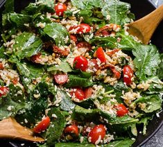 Baby Kale Salad Recipe with feta cheese, grape tomatoes, sun dried tomatoes, basil, brown rice or qu Healthy Potluck, Healthy Family Meals, Potluck Recipes, Easy Healthy Breakfast, Healthy Recipes, Family Recipes, Breakfast Ideas, Healthy Food, Grilled Romaine Lettuce