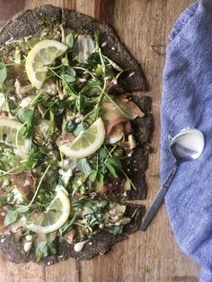 Spring Baked Pear and Prosciutto Pizza (Gluten Free, Grain Free, Dairy Free, Paleo) — Brooklyn Reed, CNP