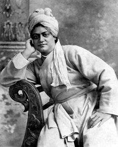Here we have best swami Vivekananda quotes with images which are really inspiring and motivational thoughts towards life, sayings, English, slogans Rare Pictures, Rare Photos, Historical Pictures, Spiritual Figures, Saints Of India, Jnana Yoga, Abraham Lincoln Quotes, Swami Vivekananda Quotes, History Of India
