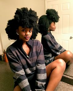 Her HAIR! I'd give anything for hair like that Pelo Natural, Natural Hair Tips, Natural Hair Journey, Belleza Natural, Natural Hair Styles, African Hairstyles, Afro Hairstyles, Hairstyles Videos, Black Power