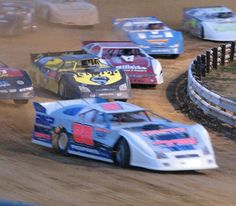 Dirt Racing at its best !