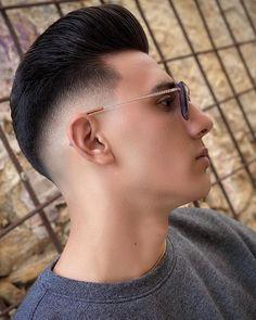Drop Fade Haircut, Types Of Fade Haircut, Fade Haircut Styles, Hair And Beard Styles, Best Fade Haircuts, Popular Mens Haircuts, Cool Mens Haircuts, Hairstyles Haircuts, High Skin Fade