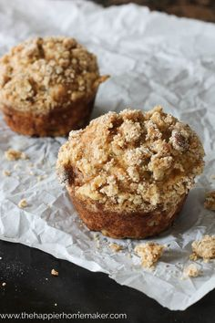 Banana Muffins with Crumble Topping