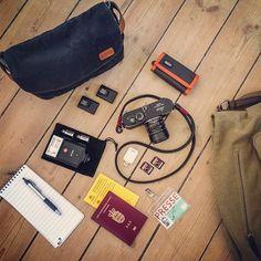 Ona Roma Camera Insert & Bag Organizer- Black :: Maxton Men