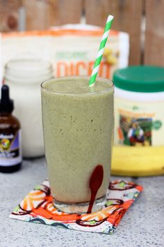 Mango Banana Green Smoothie - Gluten-free + Vegan by Tasty Yummies, via Flickr