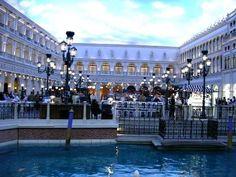 Ideas For a Perfect Romantic Getaway in Las Vegas - InfoBarrel