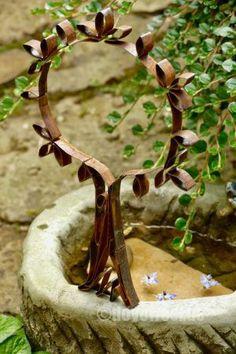 Baum aus Stahllband - Karin Urban - NaturalSTyle