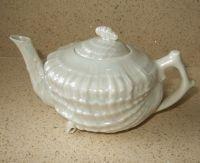 Google Afbeeldingen resultaat voor http://vintage-heaven-china-tea-cup-candles.co.uk/teacup/components/com_virtuemart/shop_image/product/resized/Belleek_style_Lu_4dfa35725b9ca_200x200.jpg