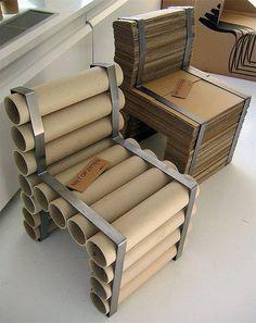banco com material reciclável
