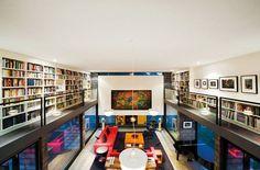 sonho de consumo- uma casa com uma biblioteca enorme. e tempo pra ler tudo.