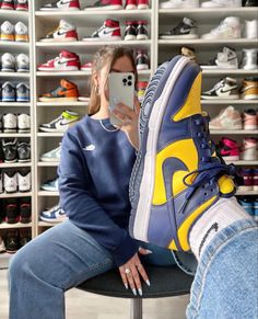 Jordans Sneakers, Air Jordans, Designer High Heels, Shoes, Videos, Instagram, Fashion, Falling Down, Moda