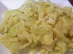 Creamed Cabbage Another great side dish to go with that cooked ham tomorrow. It's easy and quick too! Amish Recipes, Side Recipes, Vegetable Recipes, Cooking Recipes, Creamed Cabbage, Fried Cabbage, Cooking Pork Chops, Dishes To Go, Tasty