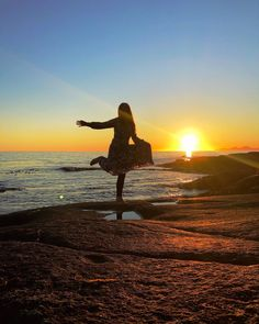 "SIV.HEIDI på Instagram: ""Yeyy! So happy😘Midnight sun in Lofoten☀️🧡 Sundlandsfjorden, Kleppstad. • • • • • #wheninlofoten #ilovelight #nordnorgepåsittbeste…"" Midnight Sun, Lofoten, Celestial, Sunset, My Love, Instagram Posts, Outdoor, Outdoors, Sunsets"