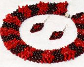 """Red and burgundy, coral and garnet necklace, earrings, handmade festive original jewelery set  """"Flames"""" of seed beads"""