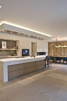 home decor diys Contemporary Kitchen, Kitchen Inspirations, Home Decor Kitchen, Kitchen Room Design, Kitchen Interior, House Interior, Luxury Kitchen Design, Kitchen Furniture Design, Modern Kitchen Design
