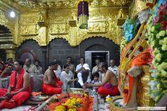 Shirdi Nagariya Mein - Hum Sai Ke Deewane Hai ~ Shirdi Sai Baba Bhajan Mala