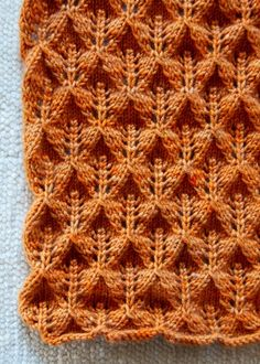 FREE pattern - Lovely Leaf Lace Scarf.