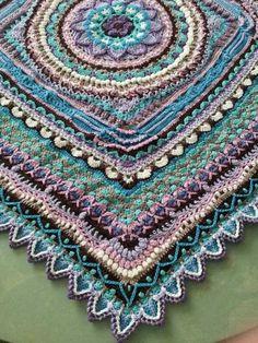 Ideas For Crochet Mandala Blanket Pattern Ravelry Crochet Mandala Pattern, Crochet Motifs, Granny Square Crochet Pattern, Crochet Squares, Ravelry Crochet, Crochet Granny, Granny Squares, Crochet Lace, Granny Fun