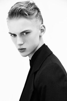Dominik Sadoch handsom and cool!!!!!!!!!!!!