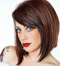 Ich habe selbst mittellange Haare. Wenn ich die Frisur mal wieder satt habe, möchte ich gerne etwas anderes. Zu kurz finde ich aber zu drastisch.Eine Bobfrisur ist eine perfekte Lösung. Es gibt einen total neuen Look aber keine drastische Änderun...