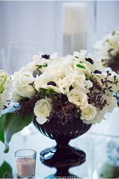 Black and White Wedding Inspiration by Kat Minassi Events and Design / Tic-Tock Couture Florals / Duke Photography / via StyleUnveiled.com