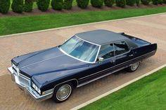 https://flic.kr/p/yvC2hU | 1973 Cadillac Sedan Deville