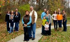 family photography multigenerational | LOVE this idea for a multi-generational photo! More