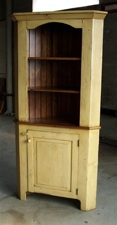 I could def see my hutch looking like this...greenish paint... seal blue? ooh la la