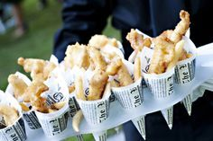 Happy National Fish and Chips Day! Here are 9 reasons we LOVE a good plate of fish and chips Wedding Hors D'oeuvres, Wedding Appetizers, Wedding Catering, Wedding Foods, Wedding Cake, Late Night Snacks, Midnight Snacks, Food Stations, Festa Party