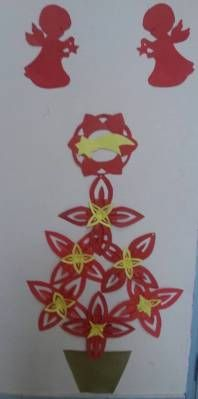 albero di Natale con stelle riciclate