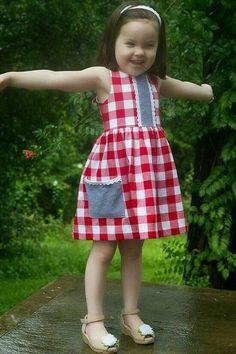 Violette Field Threads JUNE dress Sample done by pattern tester Frocks For Girls, Little Girl Dresses, Girls Dresses, Summer Dresses, Kids Frocks Design, Baby Frocks Designs, Toddler Dress, Baby Dress, Dress Girl