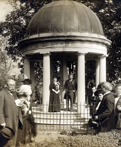 Teddy Roosevelt at Jackson's Tomb at the Hermitage, Nashville, Tennessee.