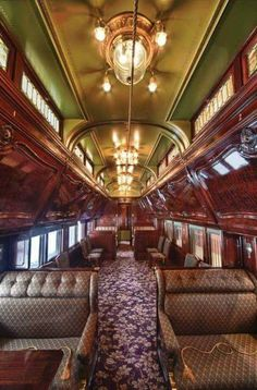 A restored 1907 Pullman train car By Train, Train Tracks, Train Rides, Orient Express Train, Simplon Orient Express, Pullman Train, Pullman Car, Zug Party, Bus Und Bahn