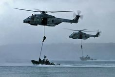 Commandos Marine - training with NH90 helicopters