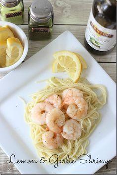 Lemon Garlic Shrimp I Love Food, Good Food, Yummy Food, Healthy Snacks, Healthy Eating, Healthy Recipes, Healthy Life, Seafood Recipes, Cooking Recipes