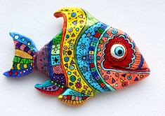 Cool fish made of polymer clay click the image or link for more info. Clay Projects, Clay Crafts, Arts And Crafts, Polymer Clay Fish, Paper Mache Sculpture, Sculpture Art, Cool Fish, Paperclay, Clay Animals