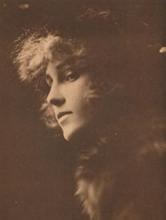 Florence La Badie (April 27, 1888 – October 13, 1917) was an American actress in the early days of the silent film era. Though little known today, she was a major star between 1911 and 1917. Her career was at its height when she died at age 29 from injuries sustained in an automobile accident. 1910s