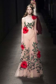 Gucci Autumn / Winter 2016 Milan Fashion Week AW16 MFW - Nude tull dress with big red flowers