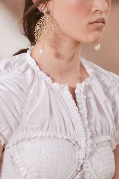 Balenciaga Spotlight: The Best Jewelry From Paris Fashion Week  - ELLE.com