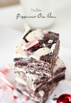 Oh dear … No Bake Peppermint Oreo Bars from Kleinworth & Co.