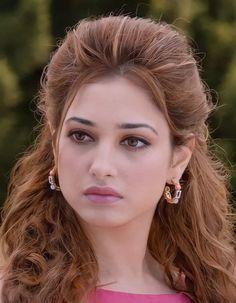 South Indian Actress Photo, Indian Actress Photos, Indian Actresses, Beautiful Blonde Girl, Beautiful Girl Indian, Most Beautiful Indian Actress, Beautiful Bollywood Actress, Beauty Full Girl, Indian Beauty Saree