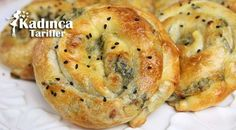 El Açması Gül Böreği Tarifi Turkish Recipes, Ethnic Recipes, No Cook Meals, Bagel, Baked Potato, Mashed Potatoes, Tart, Pizza, Bread