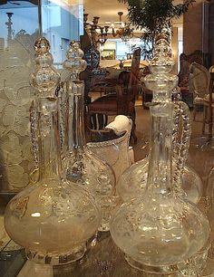 Unique tableware | Art de la table Dining Ware, Coffee Set, Art Deco, Tea, Tableware, Unique, Home Decor, Gold, Crystals