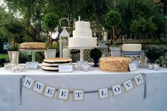 Dessert table with 5 different cakes