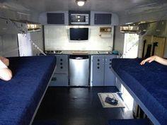 60 Adorable Cargo Trailer Camper Conversion Ideas - Page 16 of 60 Teardrop Camper Trailer, Box Trailer, Trailer Plans, Utility Trailer, Camper Trailers, Travel Trailers, Trailer Build, Rv Campers, 6x10 Trailer